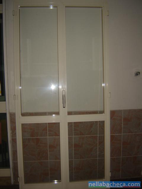 Infissi finestre e balconi usati in alluminio anodizzato for Infissi balcone
