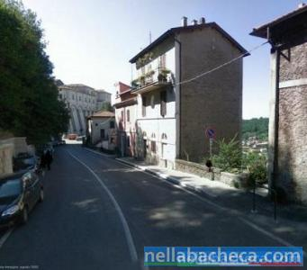 Genazzano bilocale ristrutturato centro storico